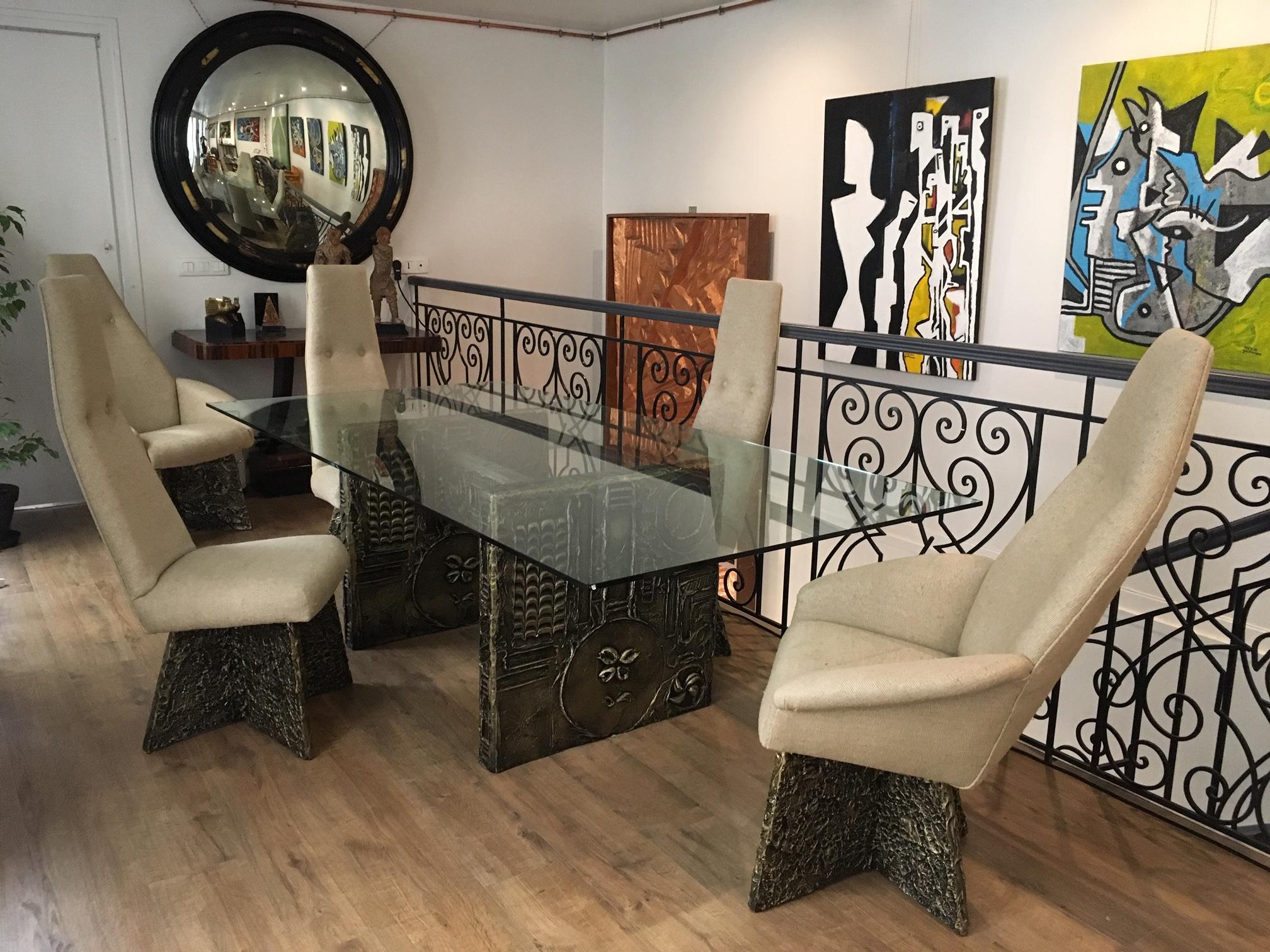 Set de 6 chaises et table style brutaliste, USA, environ 1960, SMC Gallery, Paris.
